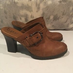 ALMOST BRAND NEW BOC MULE HEELS SIZE 10